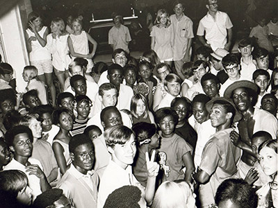 Historic photo: teen crowd at John F. Germany Library 1969 concert